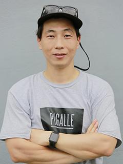 監督:KIM Lok-kyoung